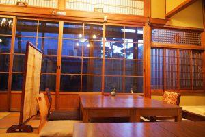 茶倉 座敷